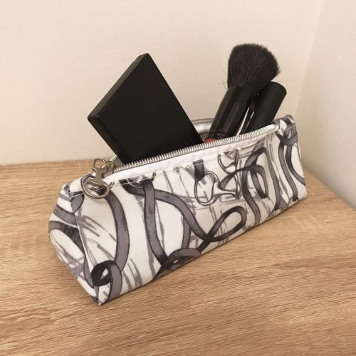 Bridles Oilcloth Make-Up Bag - One size