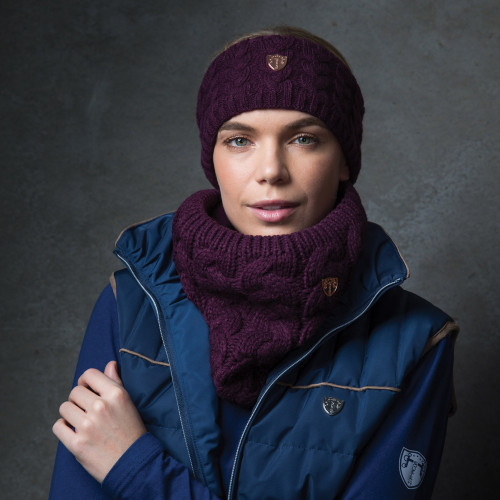 Cable Knit Loop Scarf - Berry